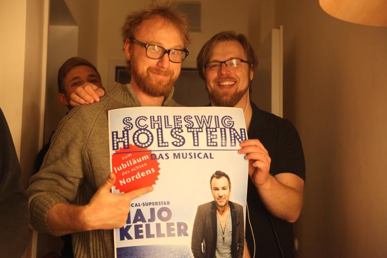 Klein-Rainer Niermann mit Plakat
