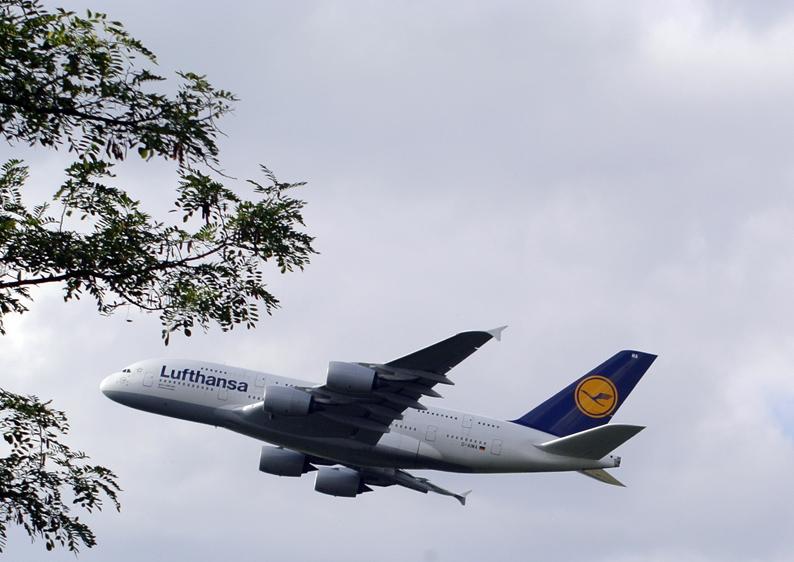 A380-2-Roland Schmitt-kleit