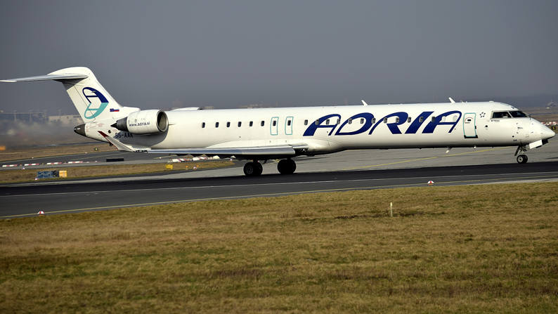 Canadair-CL 600-2D24 Regional Jet CRJ-900LR-Roland Schmit-klein